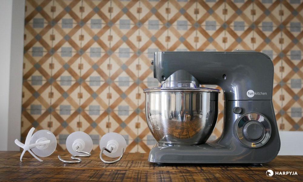 imagem do produto Batedeira Planetária Fun Kitchen Power Machine 600W